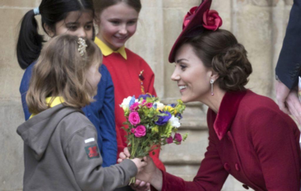 Herttuatar Catherine noudattaa tiukasti kuninkaallista etikettiä.
