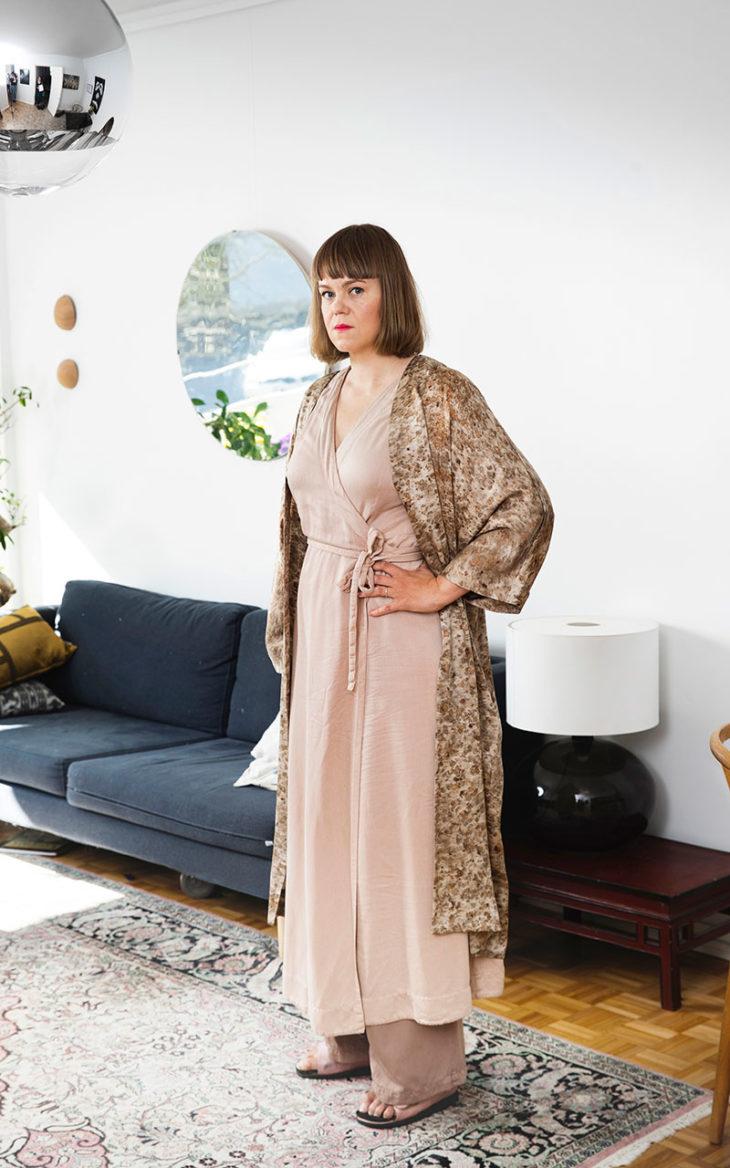 Martta Louerkari kimonotakissa.