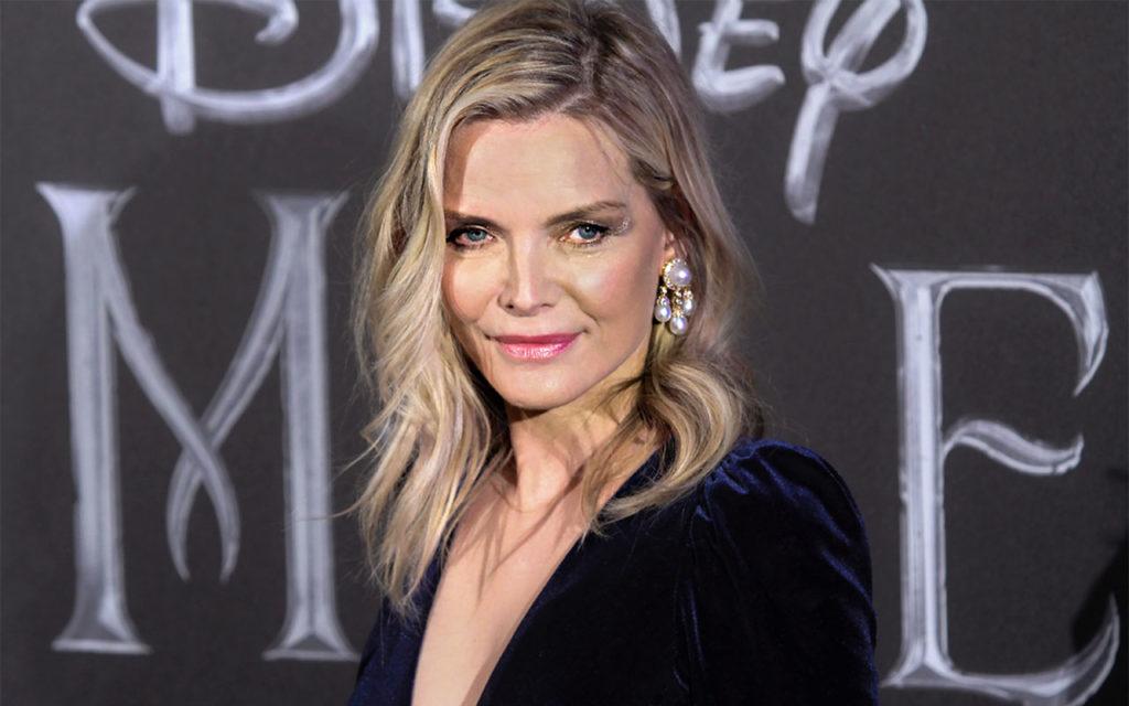 Michelle Pfeifferin tyyli hivelee vaativankin esteetikon silmää.