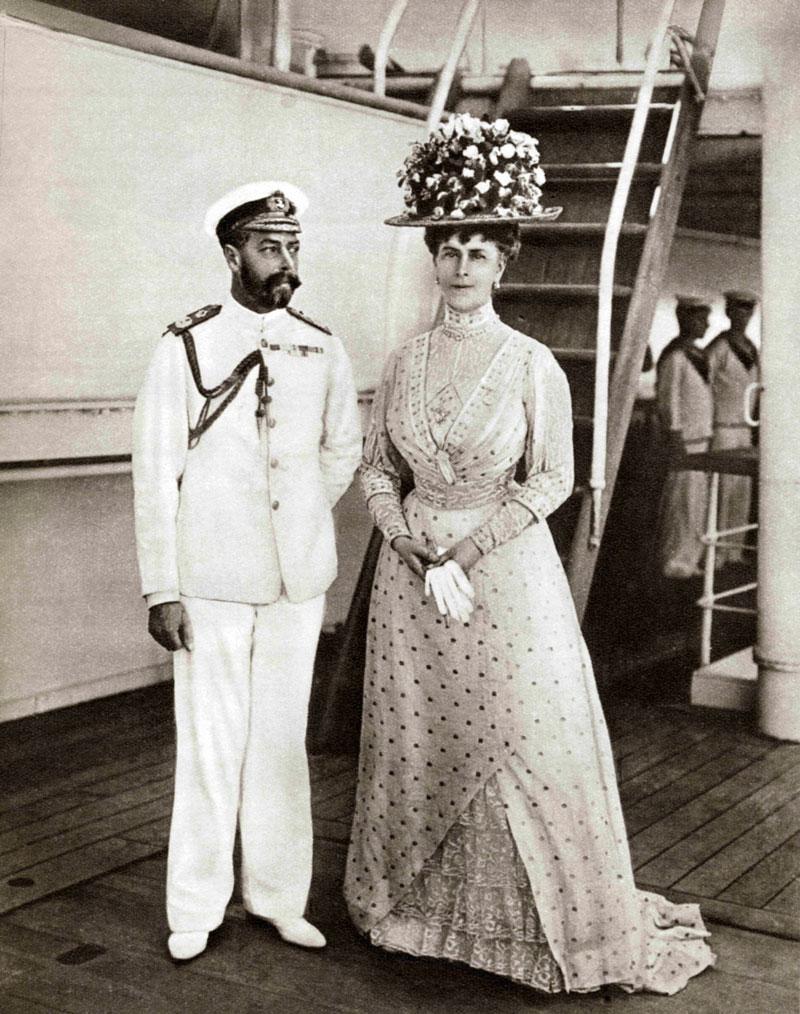 Kuningas Yrjö V ja kuningatar Mary
