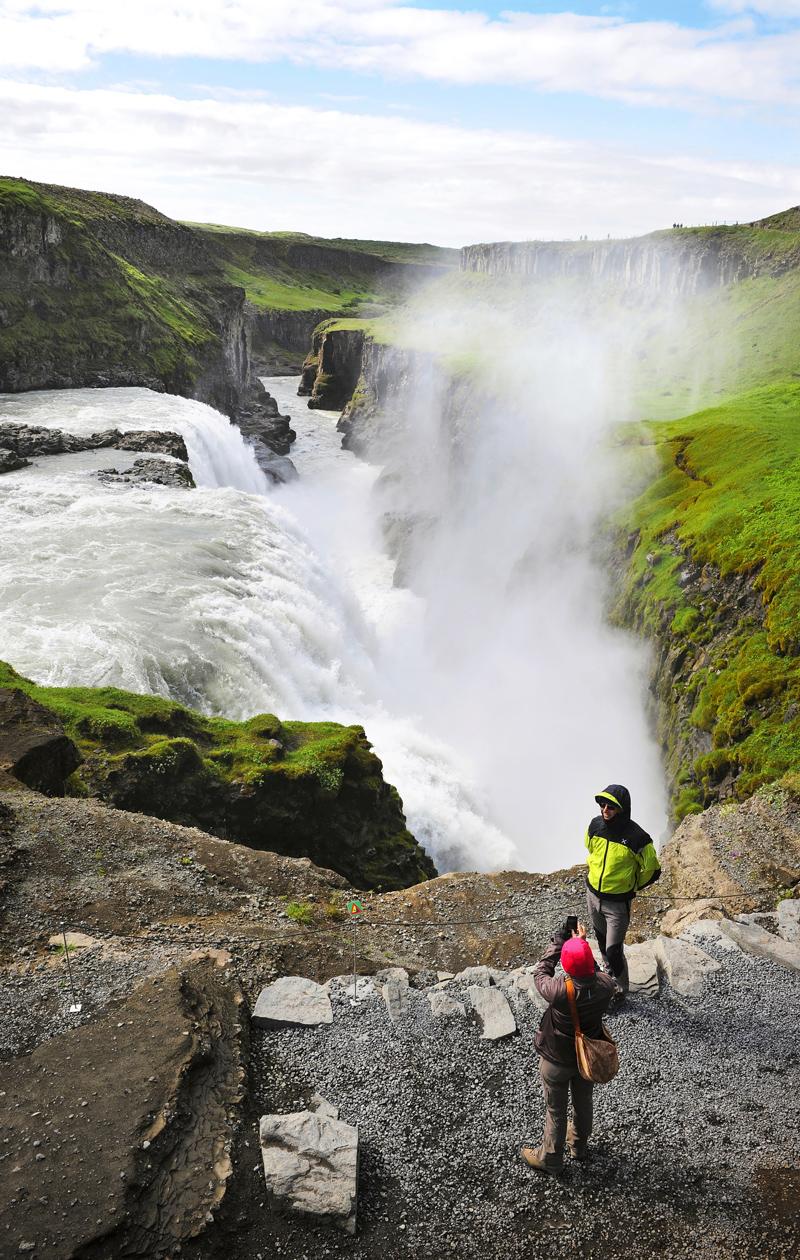 Reykjavik: Kanjoniin vyöryvän Gullfossin vesi tulee jäätiköltä.