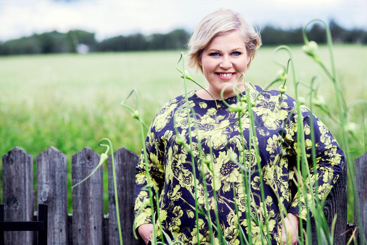 Erkki on elämäni peruskallio, kuvaa Annika Saarikko miestään Erkki Papusta.