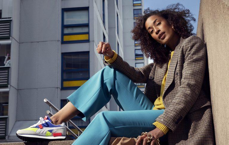 Syksyn takit ovat värikkäitä ja monikäyttöisiä. Äänestä suosikkitakkiasi ja voit voittaa sen itsellesi.