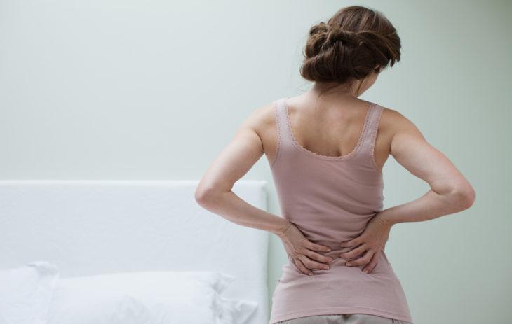 Kehon puolierot voivat ilmetä esimerkiksi selkäsärkynä.