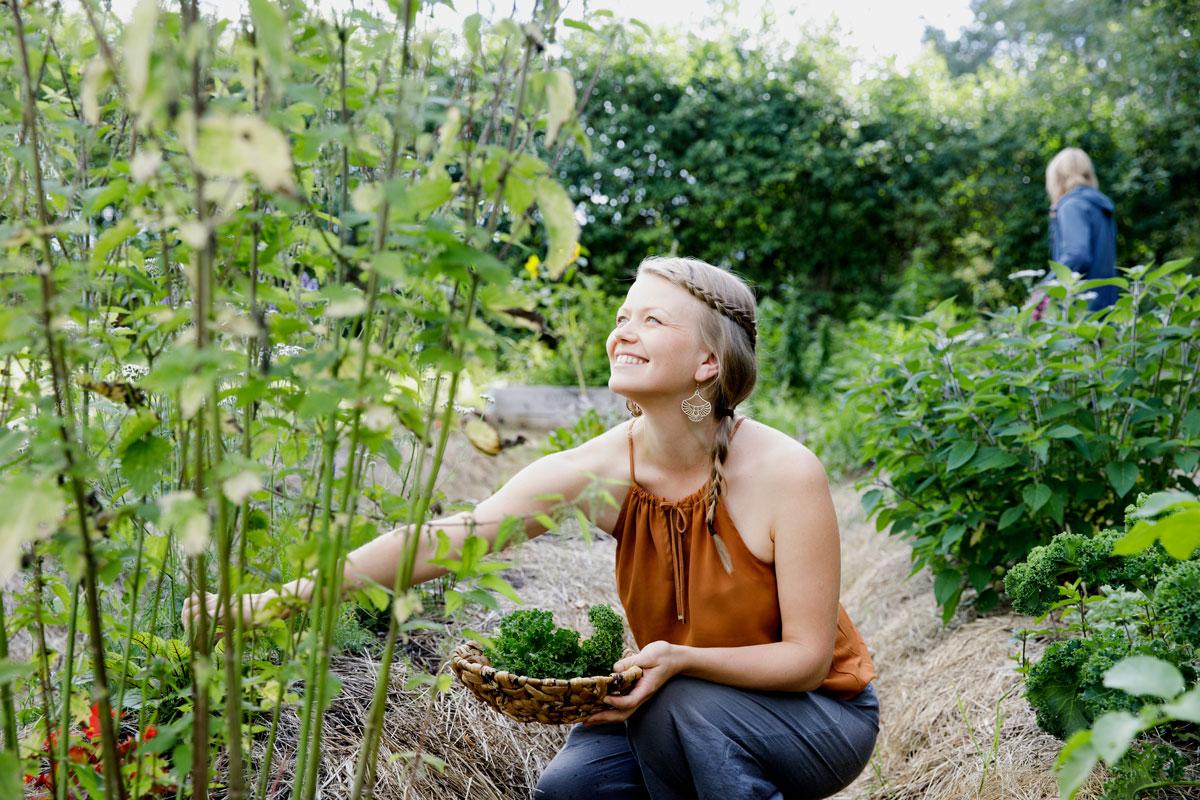 Oman ruoan kasvattaminen on Annista palkitsevaa.
