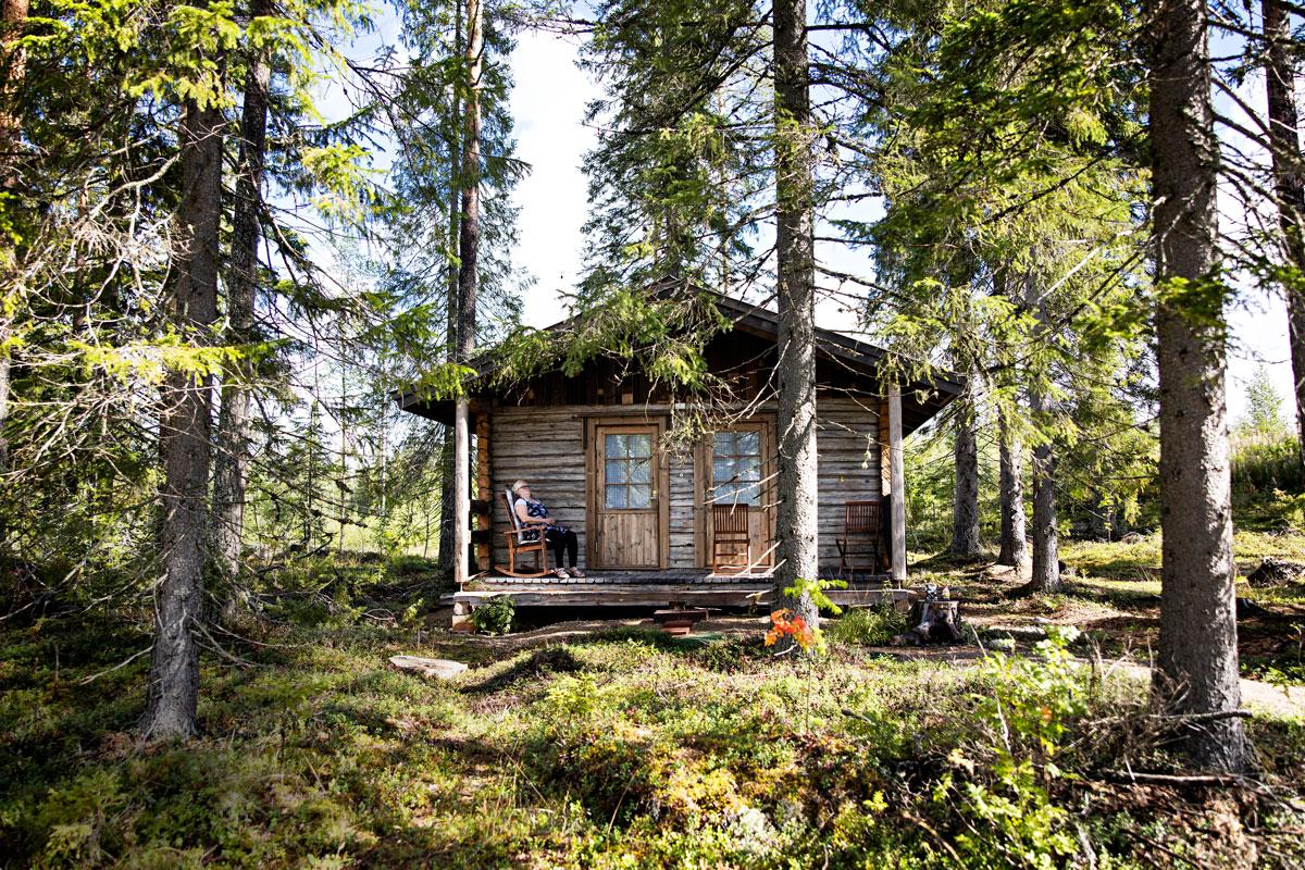 Virpin Sonkajärvellä sijaitseva kesämökki, Lempiranta, on hänen henkireikänsä. Vanhojen hirsiseinien ja luonnon rauhassa sielu lepää.