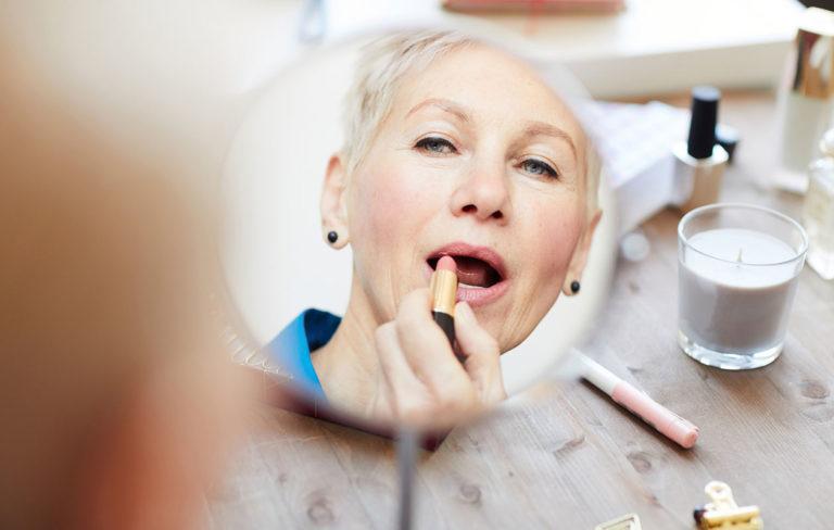 Onko haaveissasi kestävä huulipuna? Testasimme seitsemän eri hintaista huulipunaa.