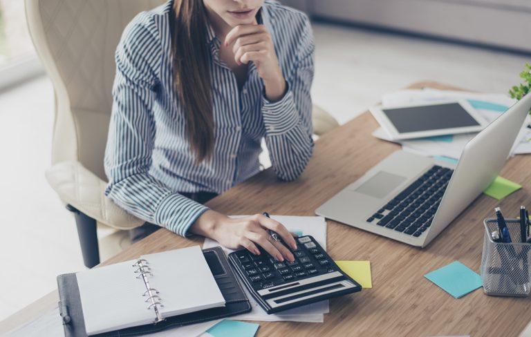 Palkkaneuvottelut kannattaa käydä säännöllisesti.