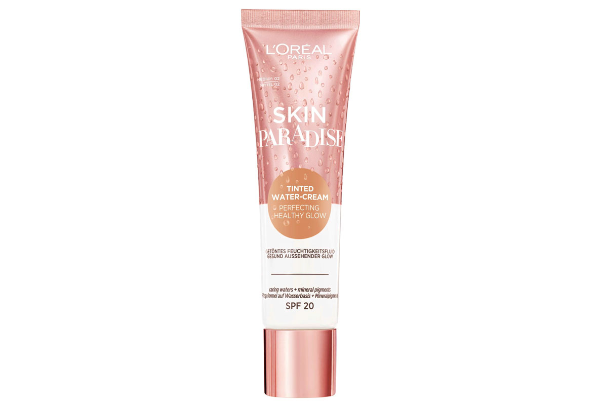 Kosteuttava L'Oréal Paris Skin Paradise -meikkivoide on loistava pohja luonnolliseen ja kuulaaseen meikkiin, 14 e.