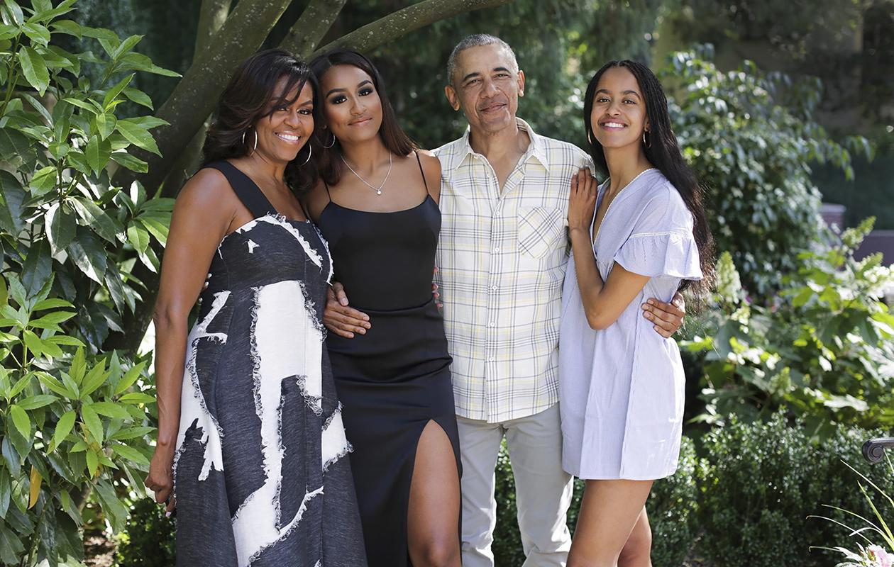 Michelle, Barack, Malia ja Natasha Obama