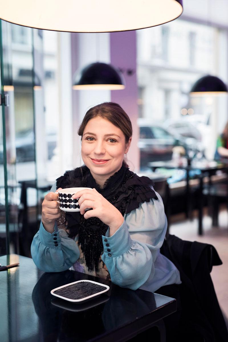 Dalia Stasevska kapellimestari Anna