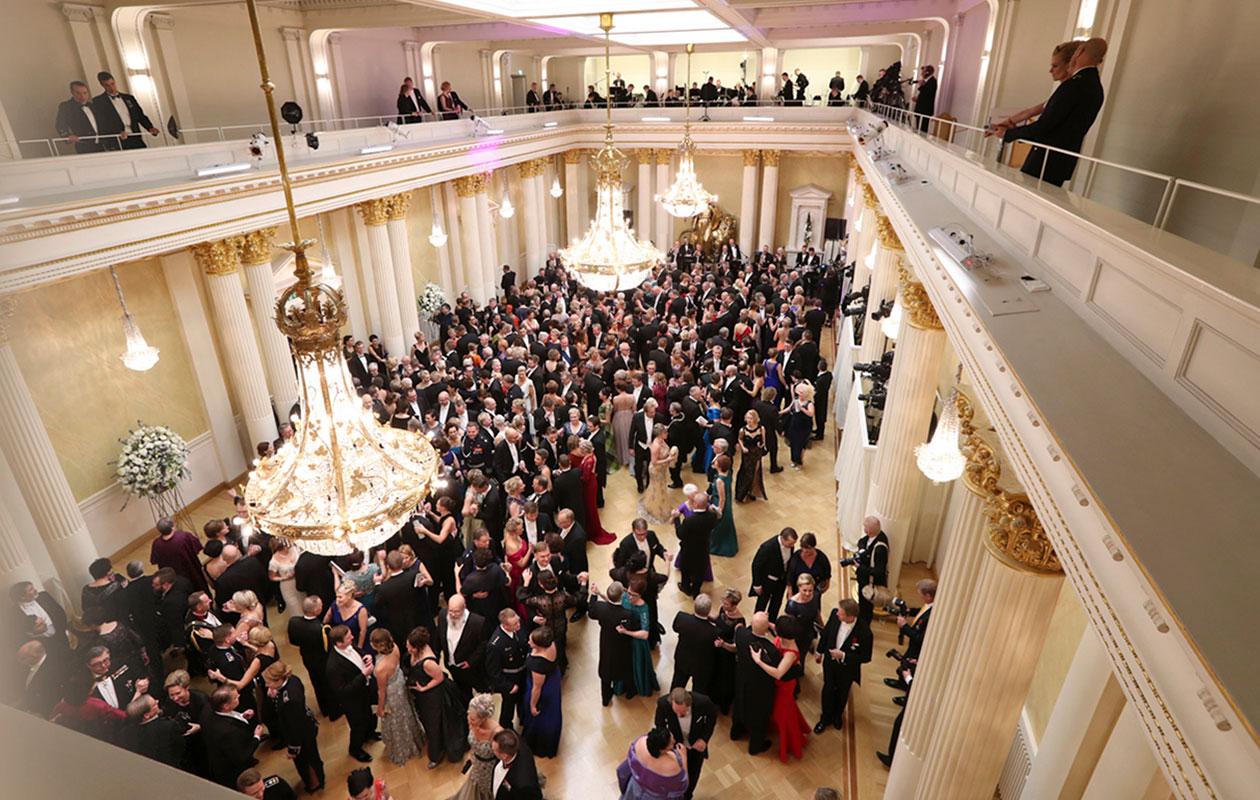 Linnan juhlat ovat yksi suurin mediatapahtuma Suomessa. Kuva presidentin linnasta.