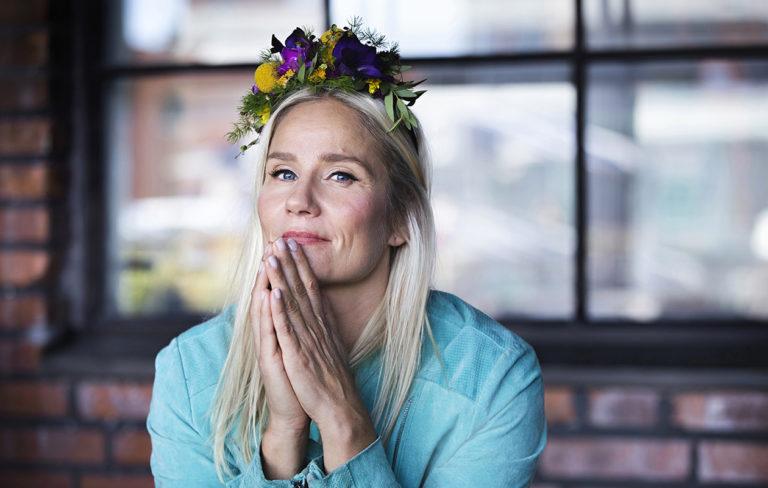 Valokuvaaja-näyttelijä Laura Malmivaara