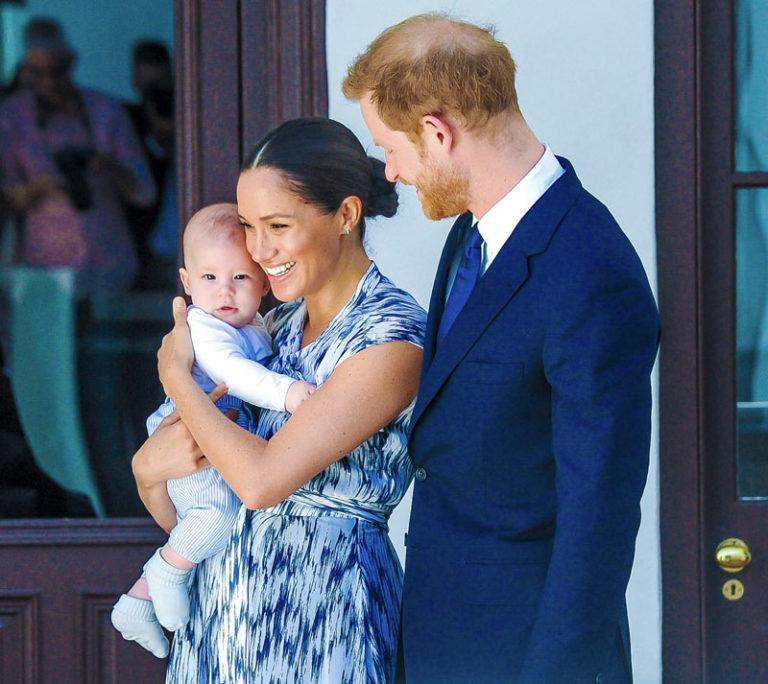 Sussexin herttuapari Harry, Meghan ja heidän poikansa Archie