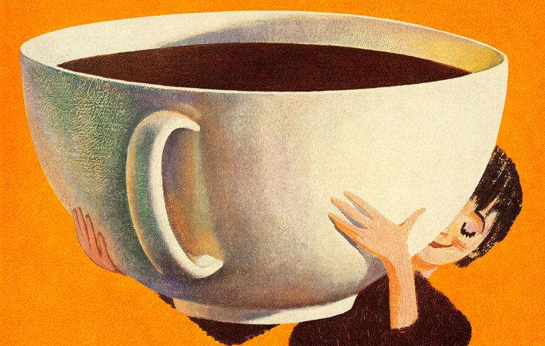 Kofeiini alkaa piristää aikaisintaan vartin kuluttua kahvin juomisesta, ja vaikutus on huipussaan puolen tunnin jälkeen. Kysyimme asiantuntijalta, voiko kahvin piristäviä vaikutuksia tehostaa.