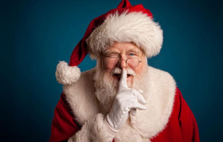 Kuvassa joulupukki.