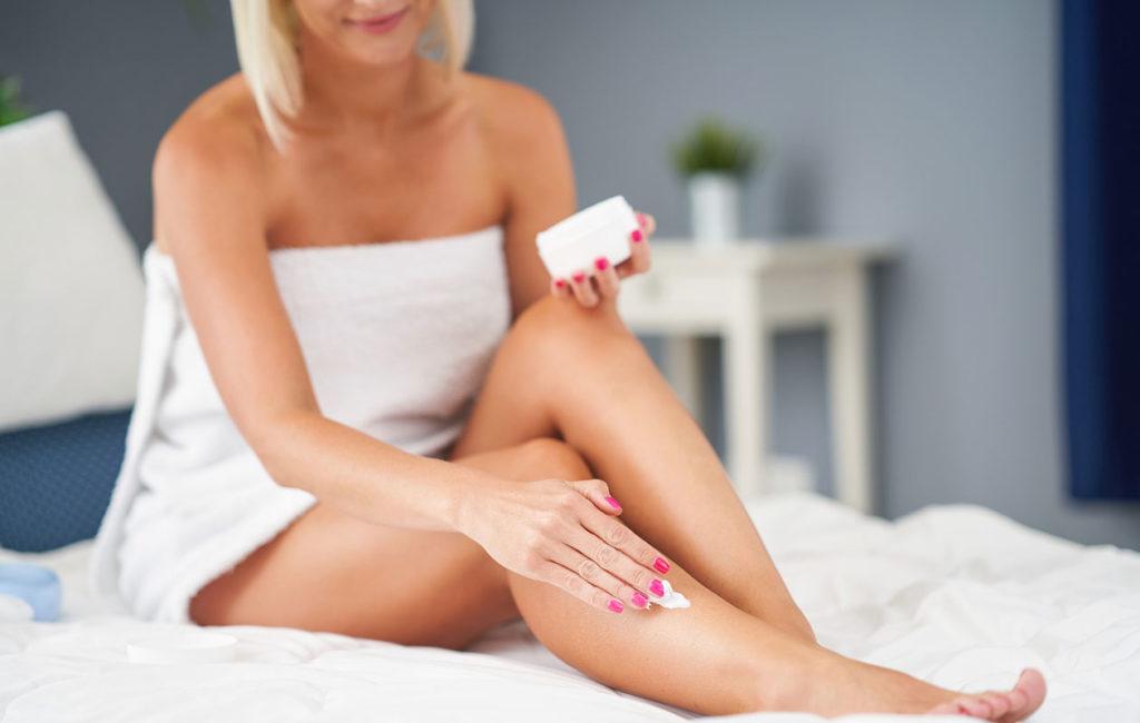 Vartalon ihon kosteutuksessa voi seurata omaa intuitiotaan. Kaikkien iho ei suinkaan kaipaa kosteutusta päivittäin.