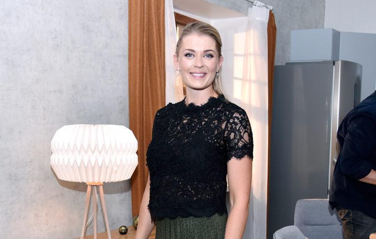 Monika Lindeman odottaa toista lastaan.