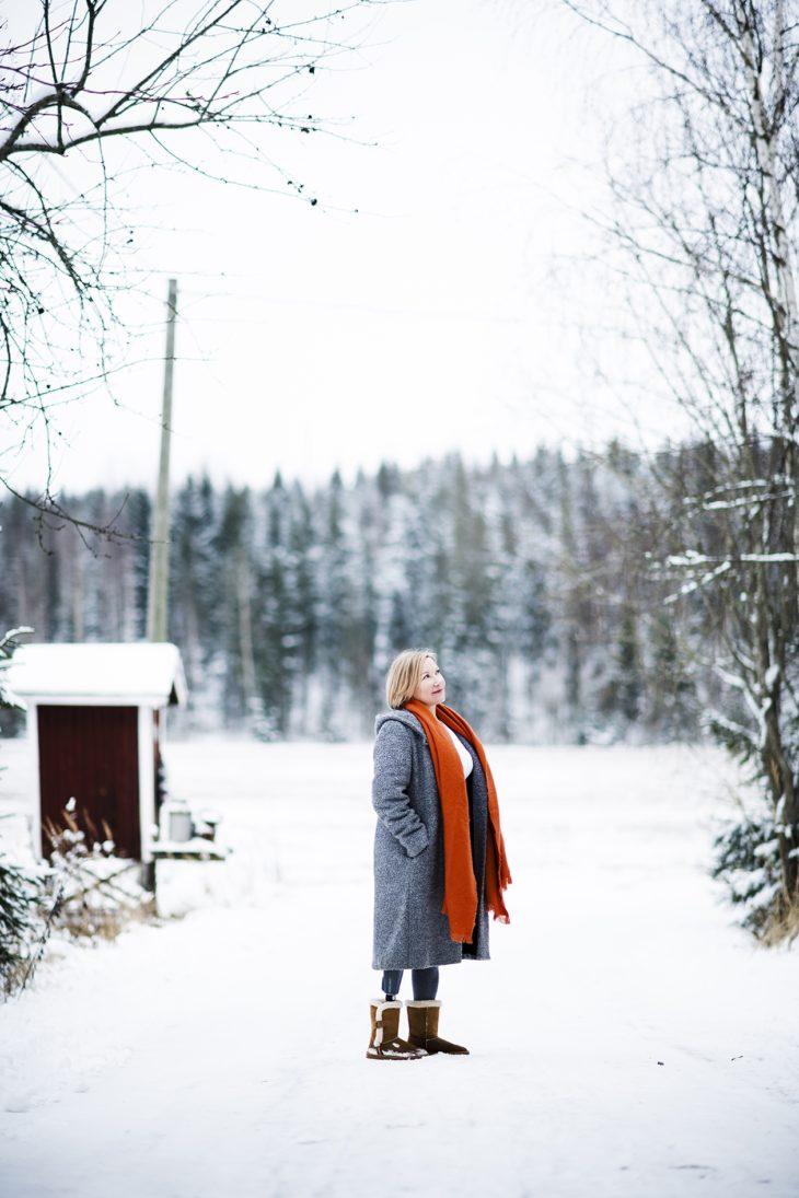 Onnettomuus ja vammautuminen rikkoivat työkeskeisen maailmankuvan, jonka Helena Skogström oli lapsuudenkodissaan oppinut. Tilalle tuli aiempaa avarampikäsitys elämästä.