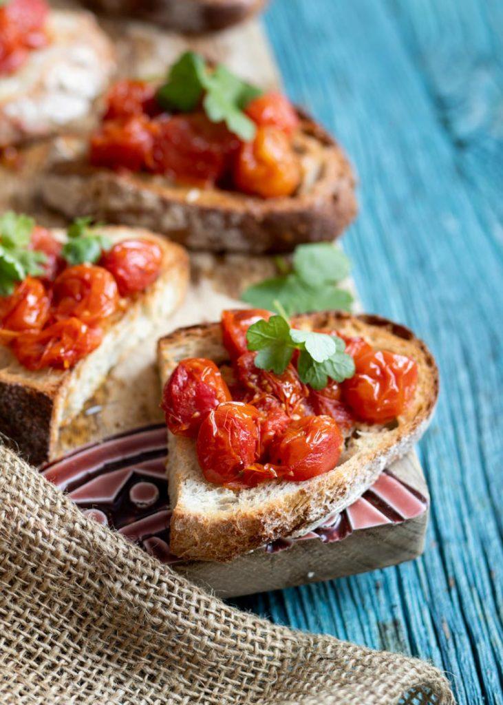 tomaattileivät