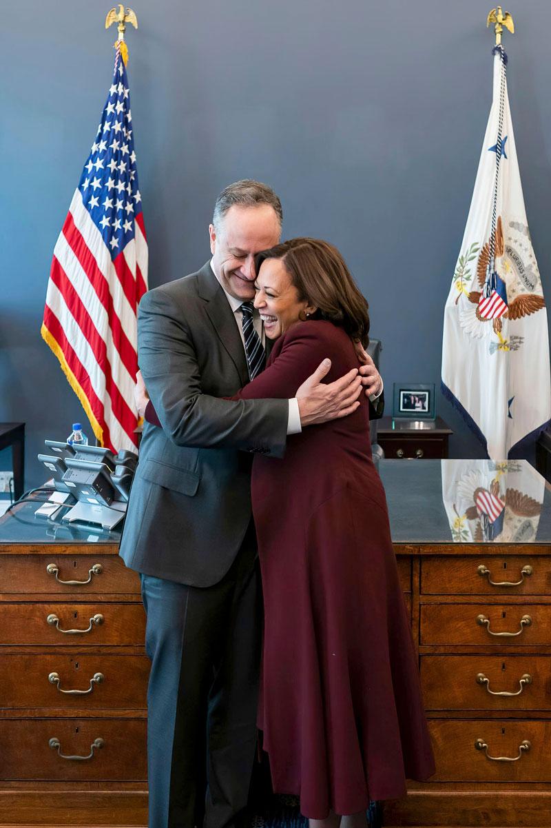 Aviomies Doug Emhoff oli tiiviisti mukana Kamala Harrisin vaalikampanjassa, kuten ehdokkaiden perheillä USA:ssa on tapana.