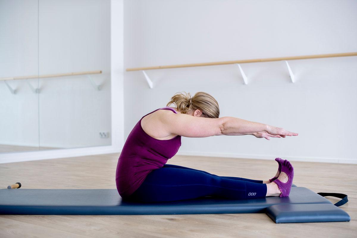 Liike vahvistaa keskivartaloa ja lisää selkärangan liikkuvuutta.