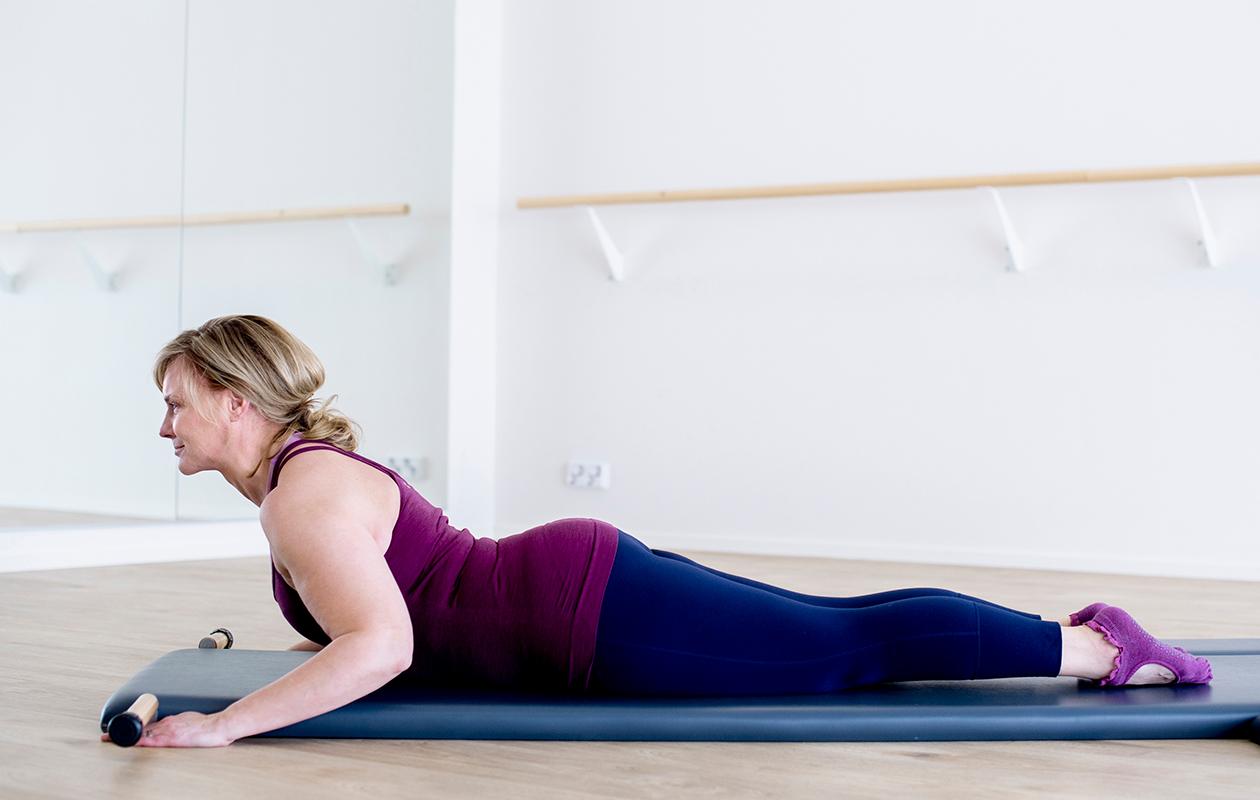 Liike lisää rintarangan liikkuvuutta ja vahvistaa kehoa.
