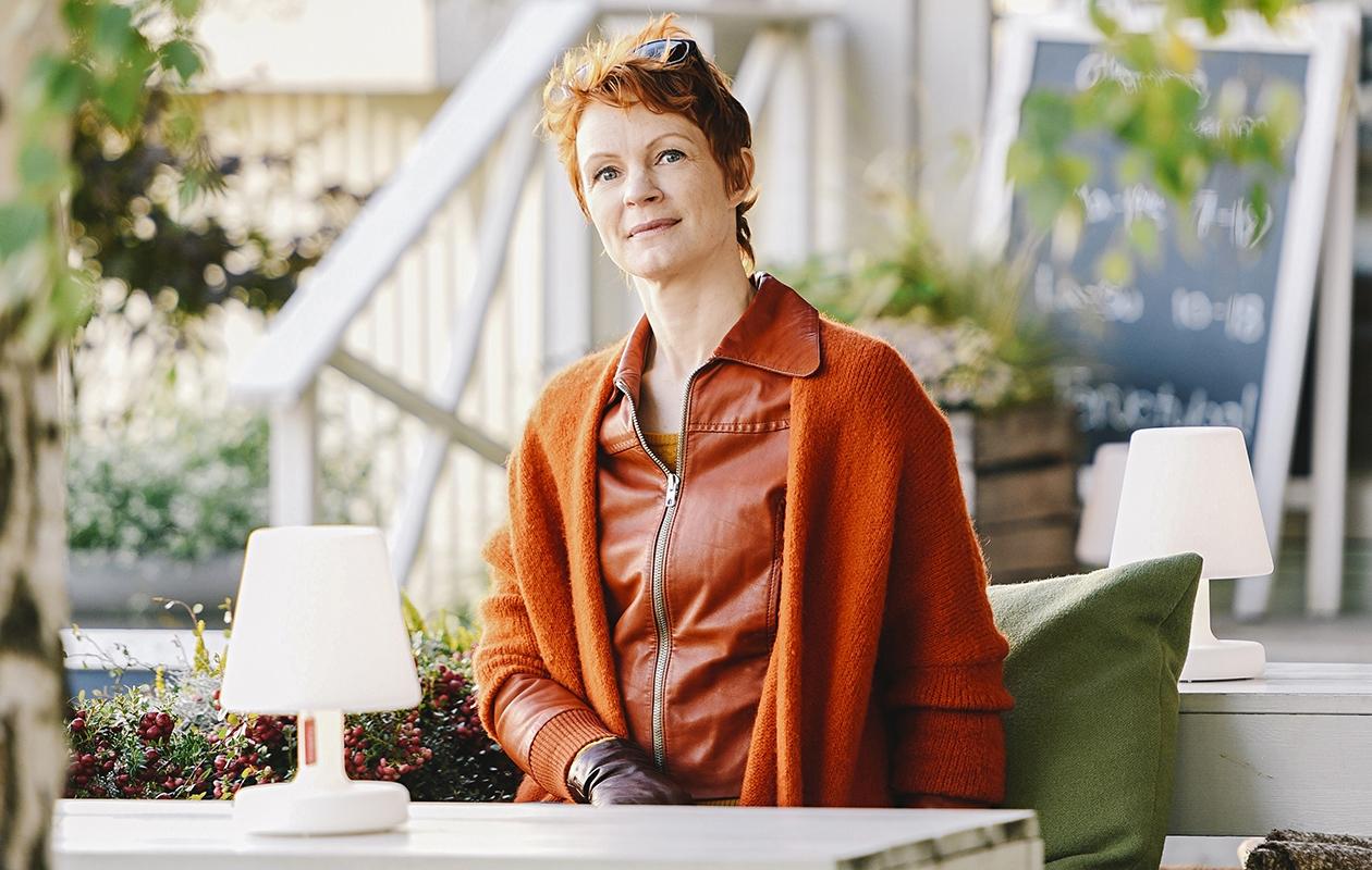 Näyttelijä Minna Haapkylä, 47, on pääosassa Lapinlahti – tyttären äiti -elokuvassa. Hän näyttelee myösElisa Viihde Viaplaylla nähtävässä Kioski-sarjassa.