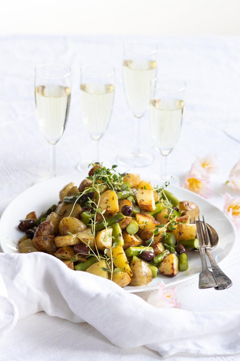paahdettu oliivi-perunasalaatti