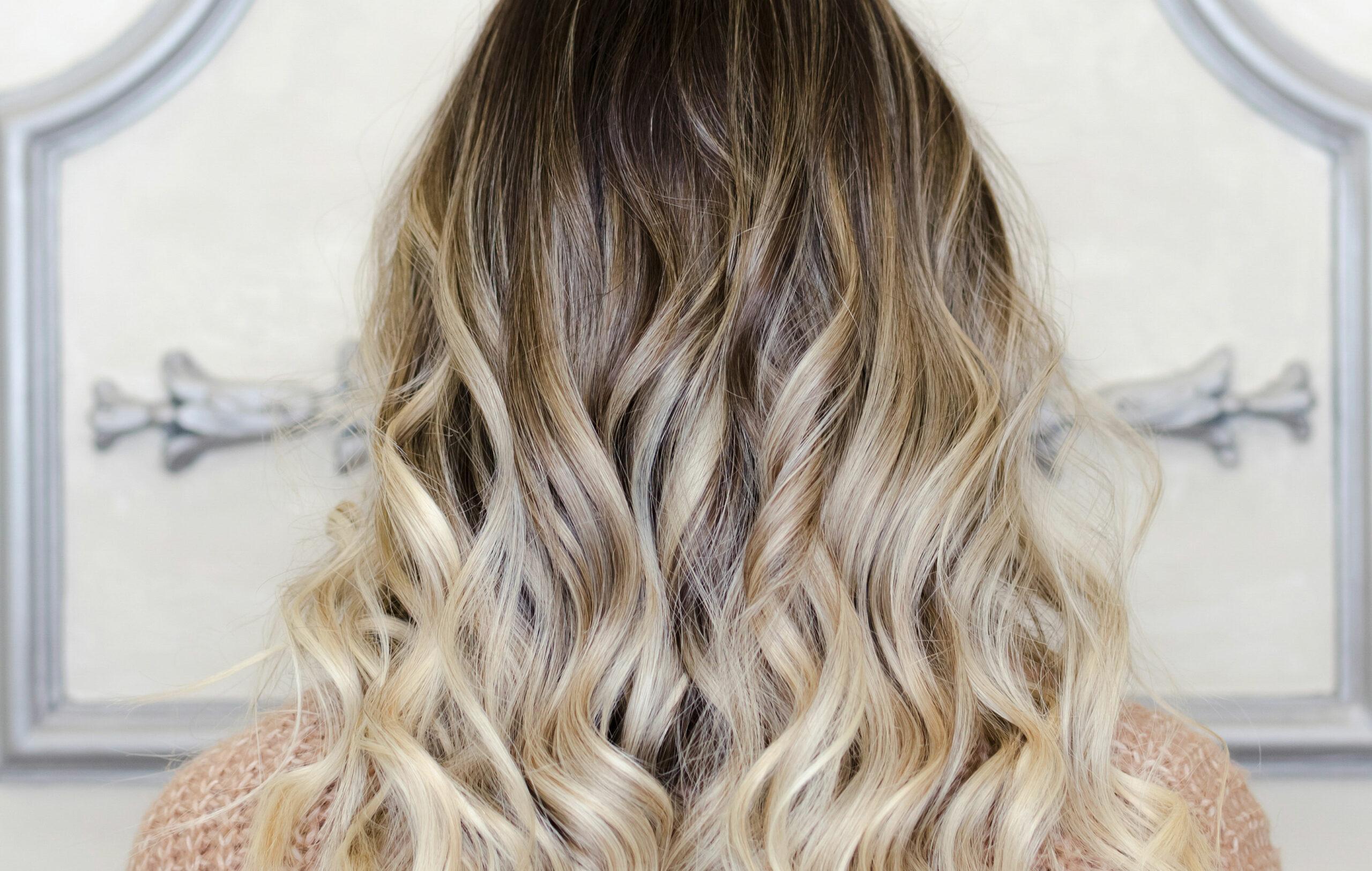 Balayage-värjätyt hiukset