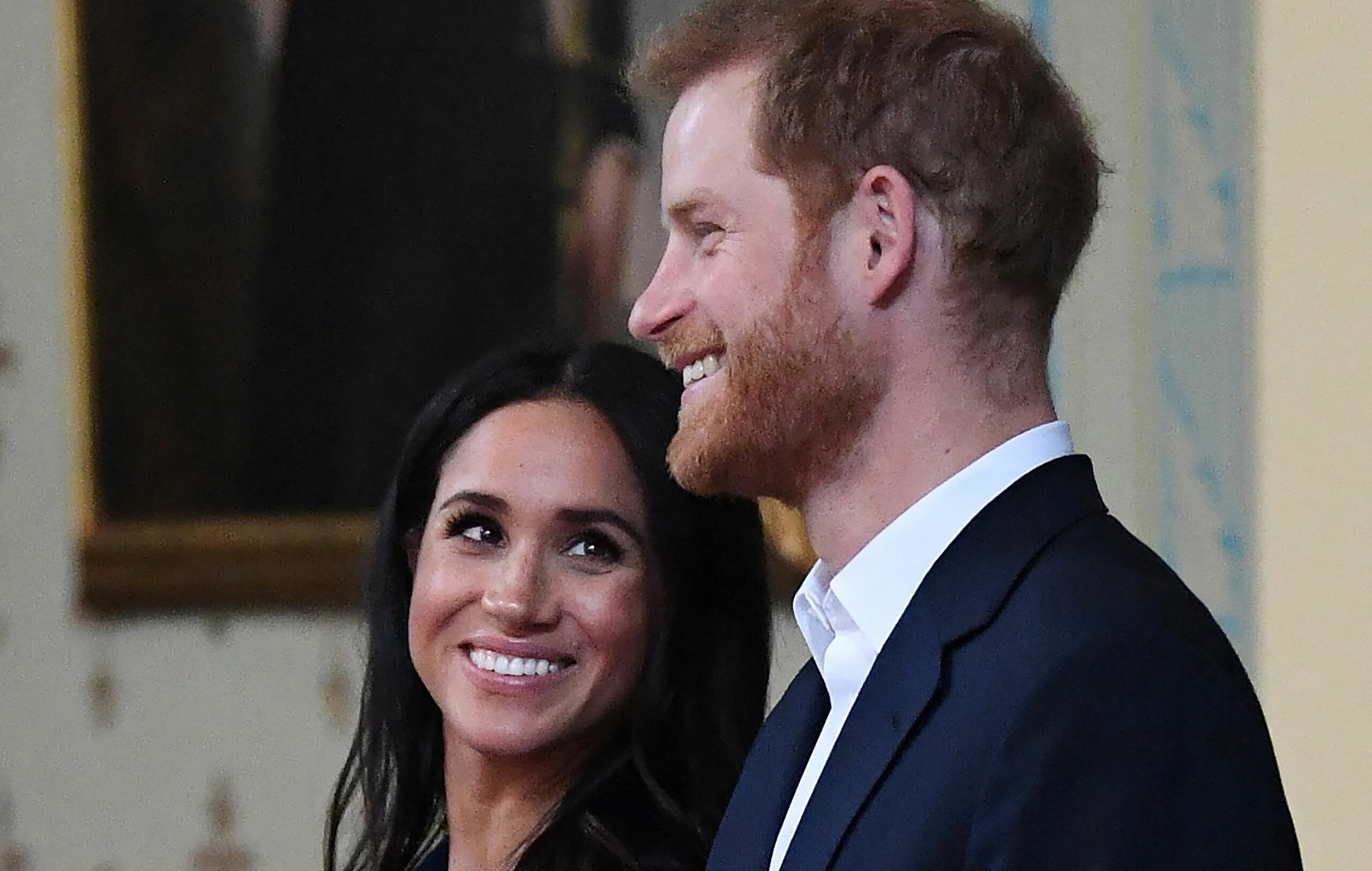 Herttuatar Meghan ja prinssi Harry yhdessä.
