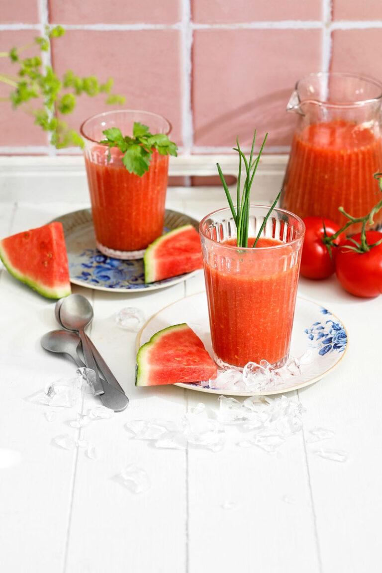 vesimeloni-tomaattikeitto