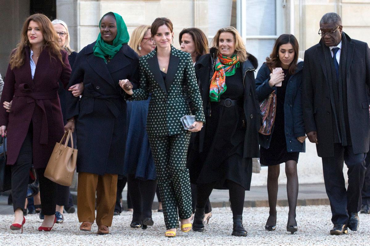Emma Watson tapasi muita feministejä G7-kokouksen yhteydessä Pariisissa vuonna 2019. Kuva: Stephane Lemouton / Bestimage