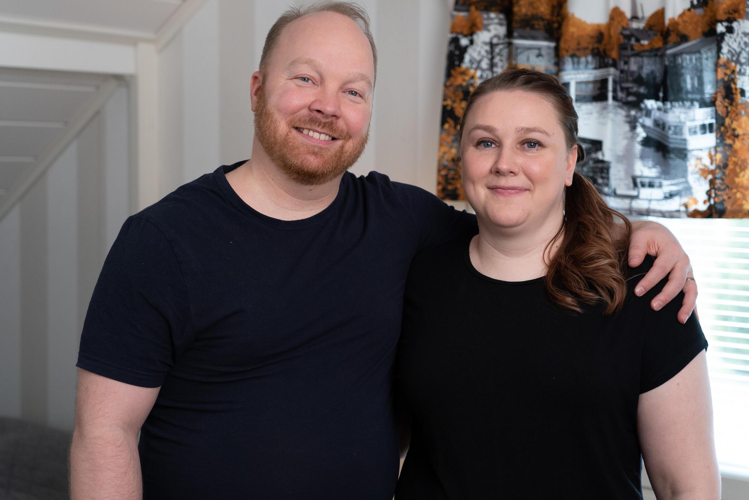 Ensitreffit alttarilla -ohjelmasta tutut Ville Manner ja Anniina Marjamäki Olet mitä syöt -ohjelman kuvauksissa