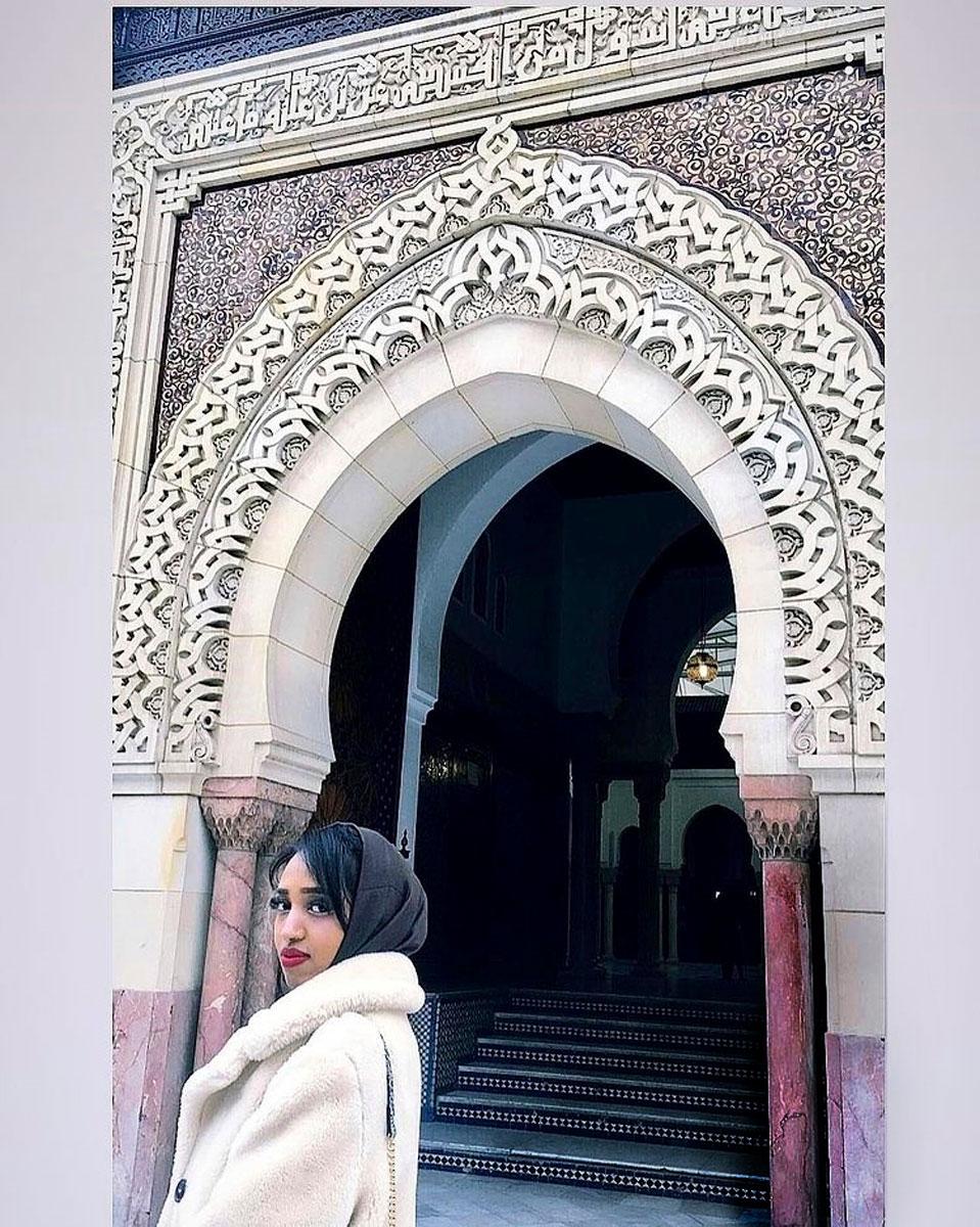 Pariisin-matkalla 2018 Ujuni Ahmed vieraili suurmoskeijassa. – Niin Lontoossa kuin Pariisissakin monet moskeijat ovat kauniita.