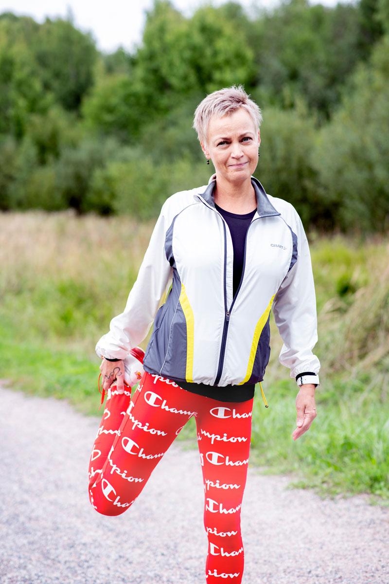 Virva Leimuvirta karkottaa ajatukset sydänkohtauksen uusimisesta lähtemällä lenkille.