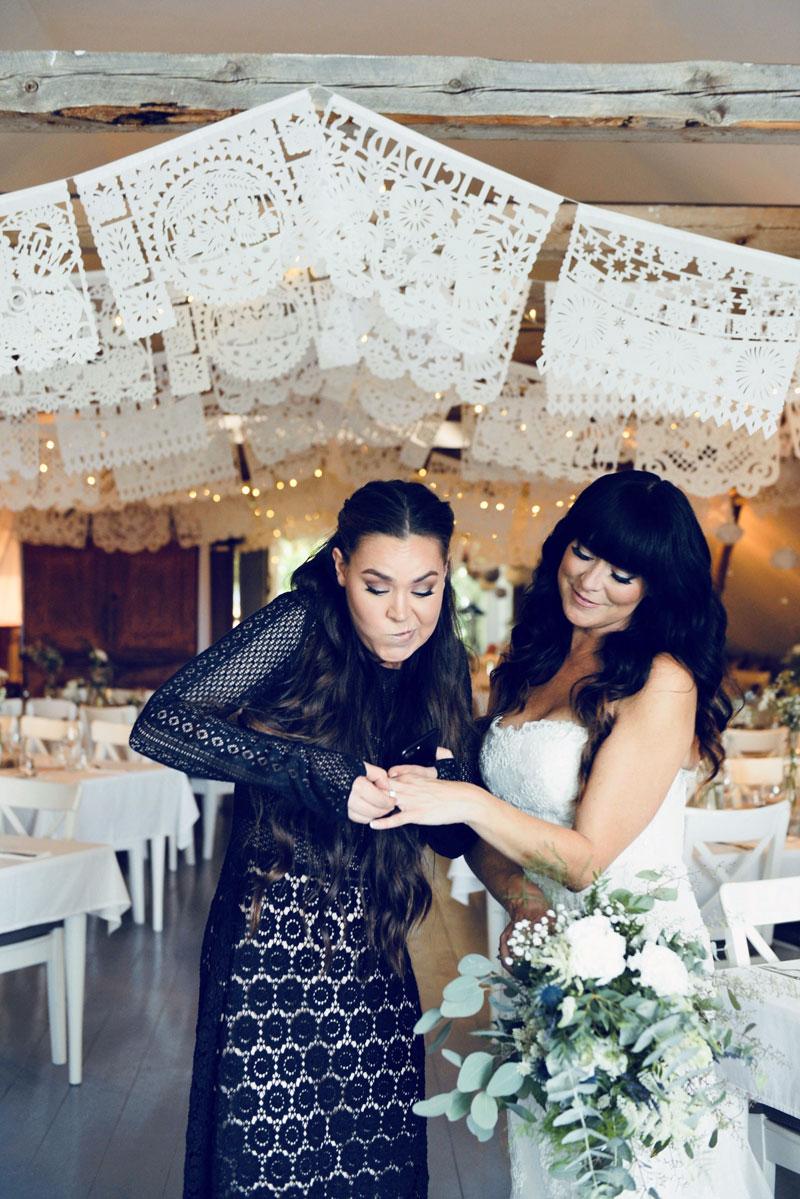 Ellen avioitui syksyllä 2017. Kaasona toiminut Ida laittoi Ellenin meikin ja hiukset. Hän teki myös juhlapaikan kukka-asetelmat ja Ellenin hääkimpun.