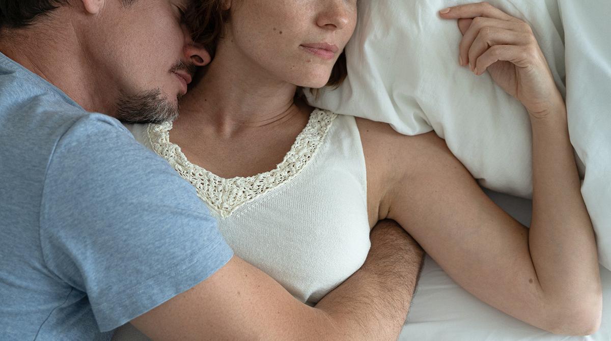Eroaminen avioliitosta tai pitkästä parisuhteesta mullistaa elämää ja identiteettiä.