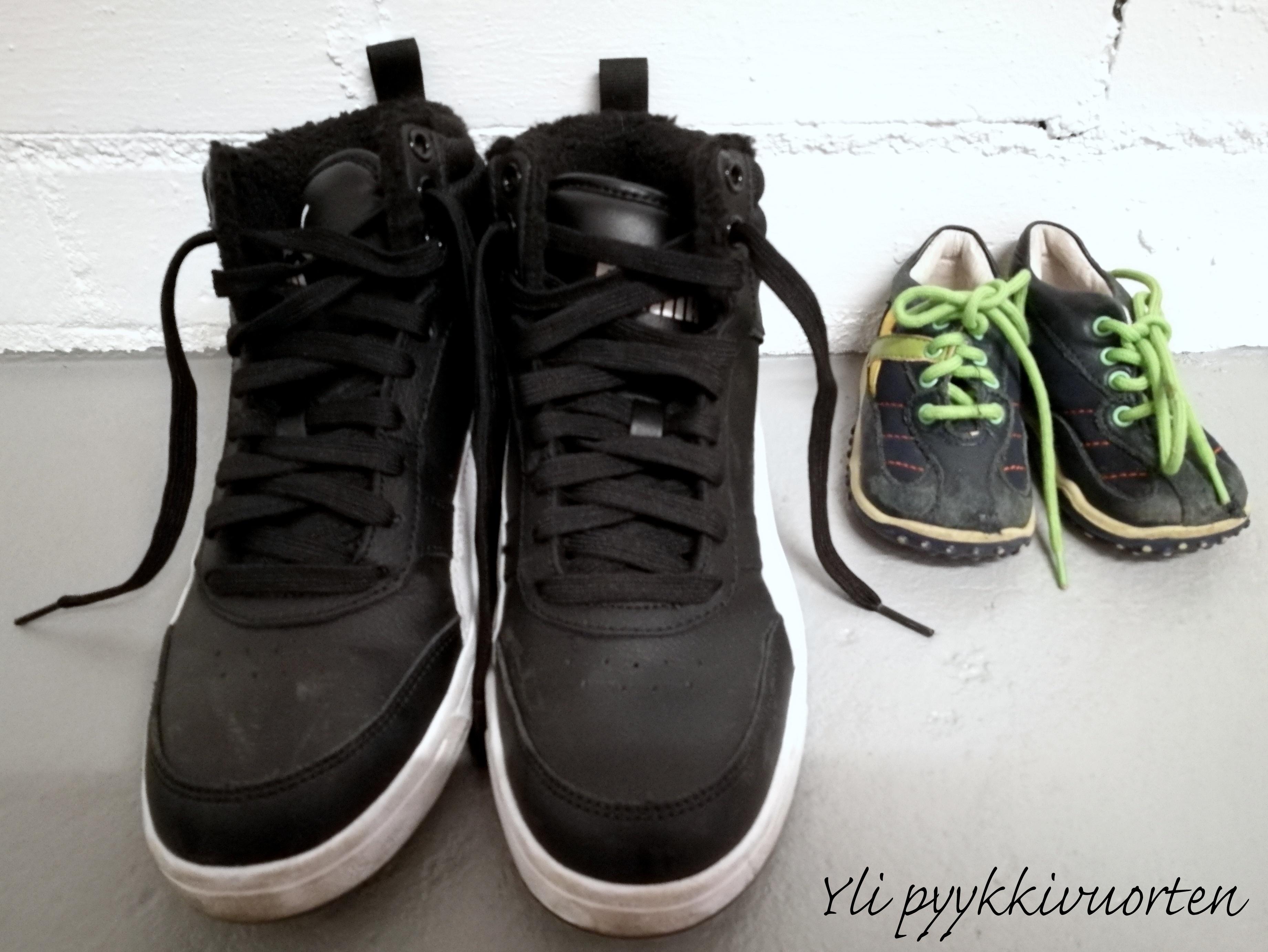 lapsen kengät