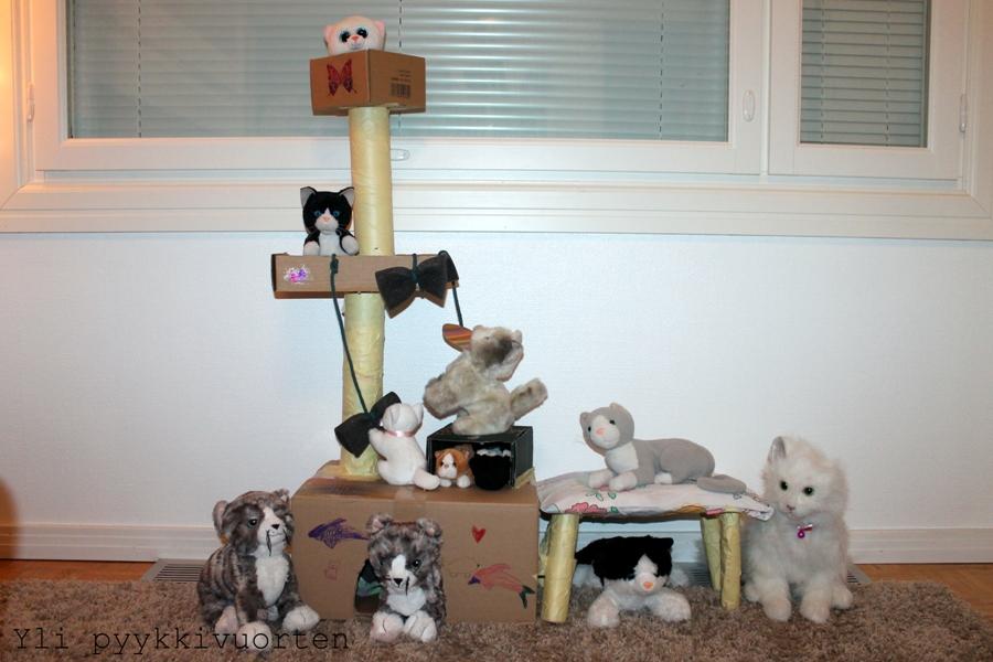 askartelu, kissan kiipeilypuu, kissan raapimispuu