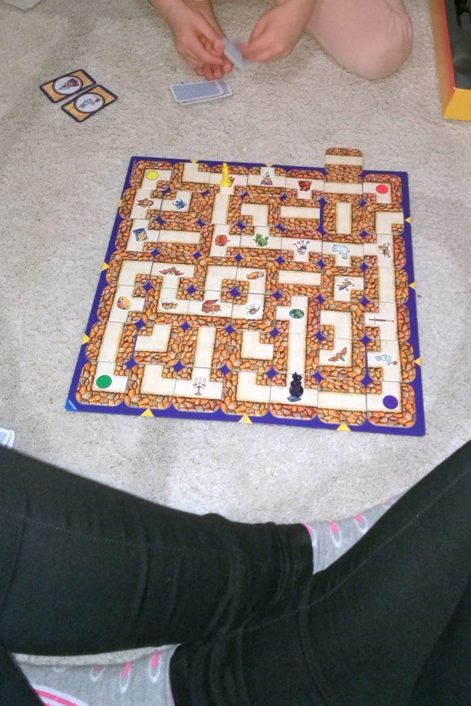 muuttuva labyrintti