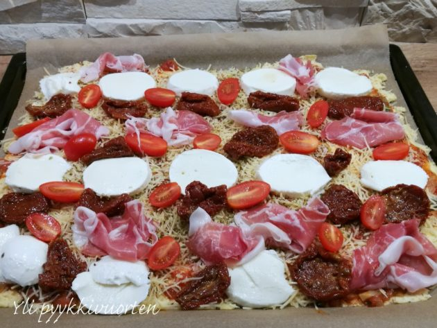 parmankinkku-mozzarellapizza